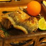 日本料理 鎌倉山倶楽部 - 焼き物は鰊。金柑をそえて。お好みで酢橘でどうぞ