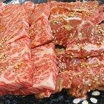 焼肉銅羅 - 料理写真:上バラ・ハラミ各2人前