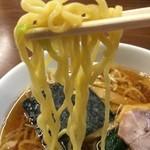 南京亭 - 中加水の中華麺。