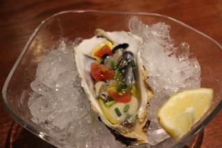 フォカッチェリア - 牡蠣