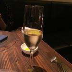 BISTRO FAVORI - シャンパン