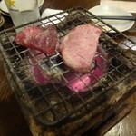 いろり家 - 牛タン炙り