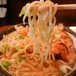 うま二郎 - 二郎ラーメン(リフト)