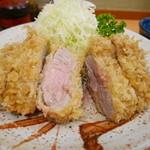 とん八亭 - ヒレかつ定食(2000円)
