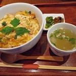 水郷のとりやさん - 水郷どり親子丼 700円 (^^