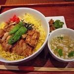 水郷のとりやさん - 水郷どり焼き鶏丼 700円 (^^@