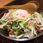 樞 - 温泉玉子のシーザーサラダ