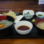 大洗町漁協 かあちゃんの店 - しらす丼定食~☆