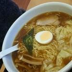 らーめんどんぐり - ワンタン麺