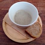 la maison de campagne - 里芋とマッシュルームのスープ(((o(*゚▽゚*)o)))