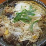 千秋こまち - 鶏肉ときのこと玉ねぎの卵とじ
