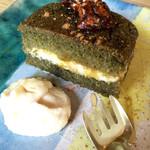 シボネボルケ - ヨモギのヴィクトリアンケーキ。
