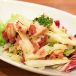 ナポリピッツァ エッセドゥエ - 蛸のサラダ