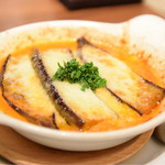 ナポリピッツァ エッセドゥエ - 博多ナスとモッツァレラチーズの壺焼き風