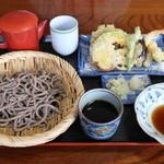 叶家 - 料理写真:天ざるそば(粗挽き田舎そば)