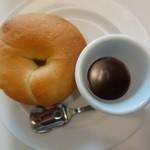 45251714 - ベーグルタイプのパン