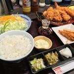 Tonkatsuhamakatsu - かきふらいとヒレ膳+クーポンのメンチ(2015.12)