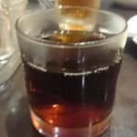 45256338 - 紹興酒は大きなグラスになみなみ