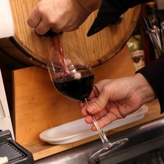 料理にピッタリな樽生ワイン