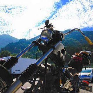 バイクをこよなく愛す人々が集う店としても有名!