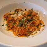アンビグラム - Primi ー モンサンミシェルのムール貝とトマトのスパゲッティーニ