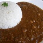 田舎家 - 鶏ひき肉とお豆のカレーライス 1,080円