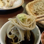 蕎麦見世のあみ - ☆わさびと一緒にパクリ(^u^)☆