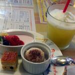 イタリアン厨房 マデーニ - スイーツ3品&パイナップルジュース
