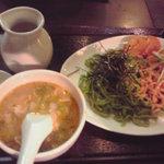4528982 - 二色麺(800円)