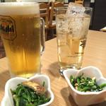 どい家 - 生ビール500円とジンジャーエール400円