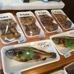 丸六本山川魚店 - 鯉の味噌漬、鱒の味噌漬