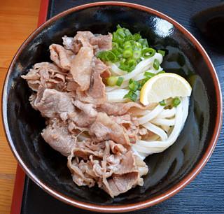 ○福うどん - 肉ぶっかけ冷