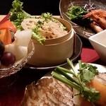 Bar&Dining T BAR - 忘年会やクリスマスには満足のコース料理