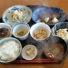 卓蔵 - 料理写真:日替わりランチ680円(メインは別皿)