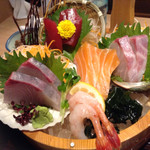 生け簀の甲羅 - 氷結桶盛り定食のお刺身だよ〜すごかったよ〜