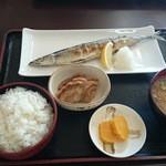 みのり食堂 - 2015/09/23 11:50訪問 塩焼き定食