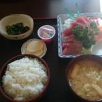 みのり食堂 - 2015/12/04 12:40訪問 刺身定食