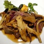 エノテカラウラ - 色んな茸と鹿肉