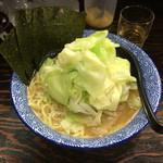 豚骨醤油 蕾 - キャベツ ¥840
