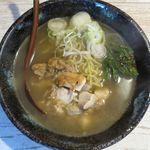 麺屋 金龍 - 塩ラーメンのアップ