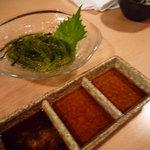 海人 - 海ぶどう♪ポン酢、青じそ、わさび醤油の三種のタレでいただきます☆