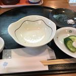 天ぷら まと芽 - 料理写真:まずはお新香