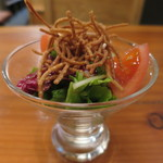 くげ庵 - 揚げそばのサラダ