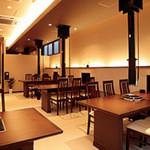 宮崎 小林養鶏 直営店 しちりん焼肉 わさび - 店内改装(ソファー完備)