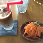 カフェ エ フロマージュ シニョン -