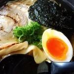 をうみ - トロトロチャーシューと半熟卵♡