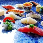 神楽坂友野 - ちょっと横から見てみる巨大器のお寿司