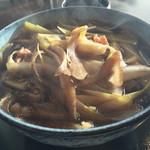 おびひろ縹 - 料理写真:かしわ蕎麦  ¥950