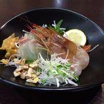 45353178 - 中華風 鮮魚のお刺身2種盛(鯛・海老)