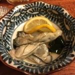 居酒屋与作 - 生牡蠣
